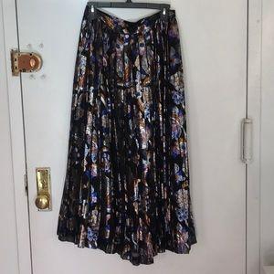 Vintage floral lamé pleated maxi skirt